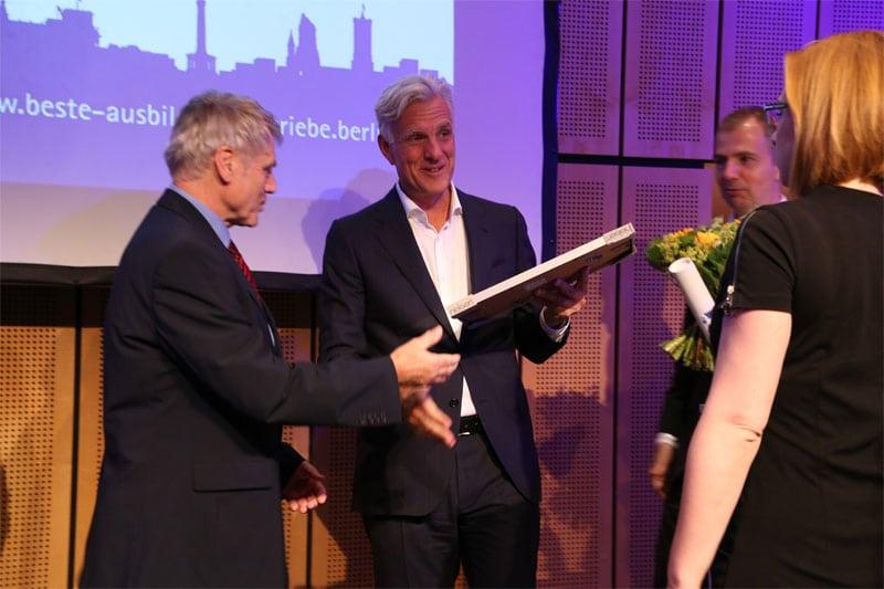 Integra ist Preisträger beim Wettbewerb als bester Ausbildungsbetrieb Berlins
