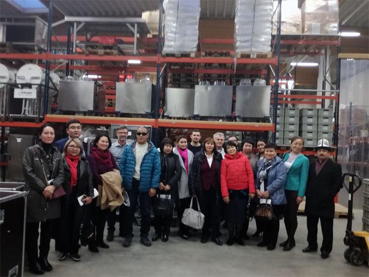 Besuch aus Kirgistan bei Integra